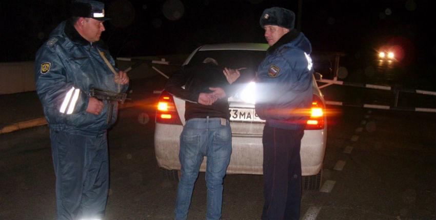 В Крыму нелегальным таксистам пригрозили штрафом в 5 тысяч